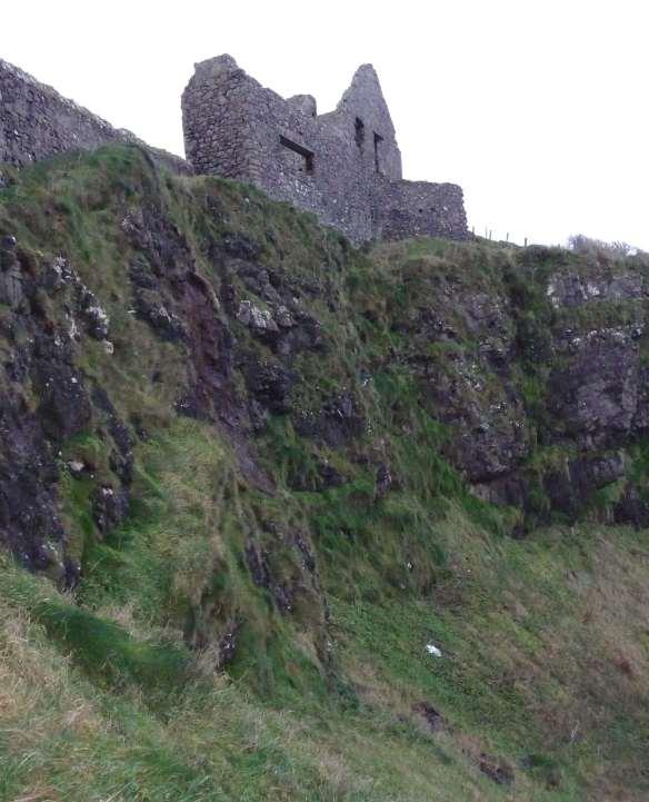 11.Dunluce Castle