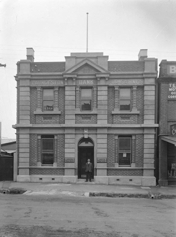 19.Launceston Bank 1928