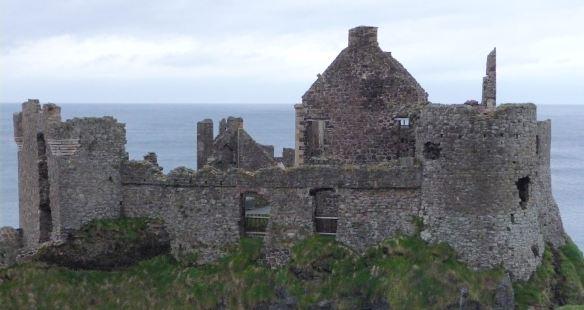 2.Dunluce Castle