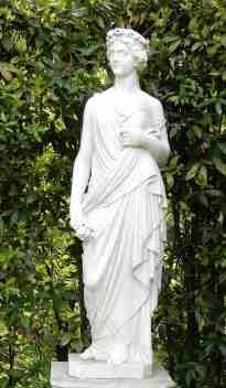 38.statue