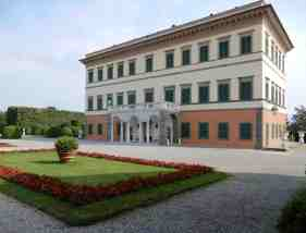 6.Villa Reale