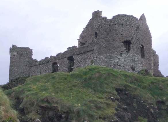 7.Dunluce Castle