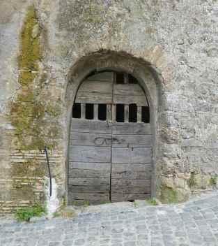18.doorway