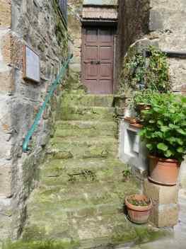 19.doorway