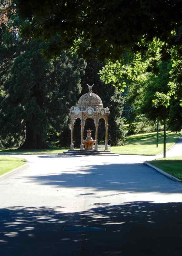 2.City Park