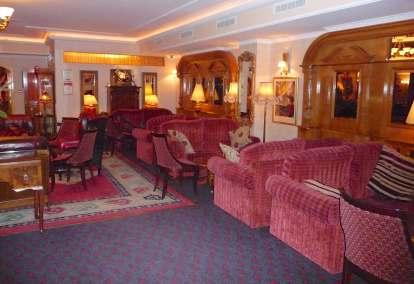 2.Park House Hotel