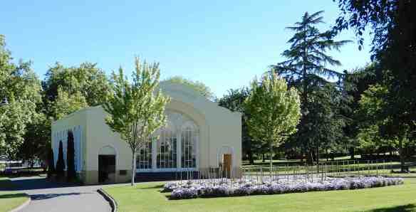 4.John Hart Conservatory