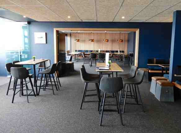 1.lounge area