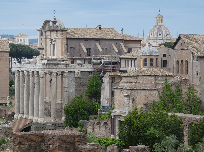 19.temple of antoninus & faustina