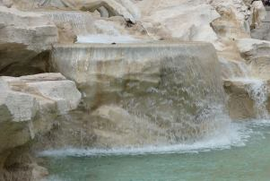 37.fontana di trevi