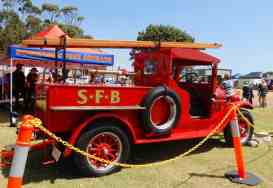 31.vintage fire engine