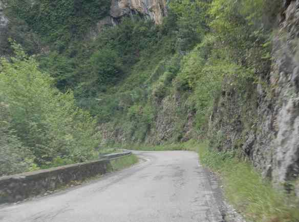 8.road to Vergemoli