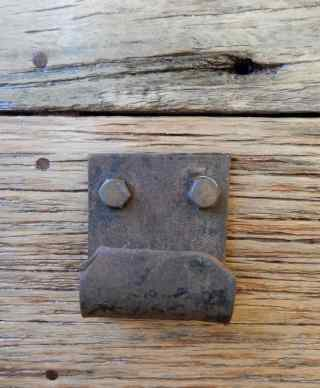 17.door handle