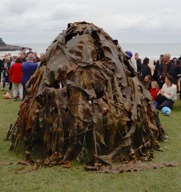 20.kelp hut