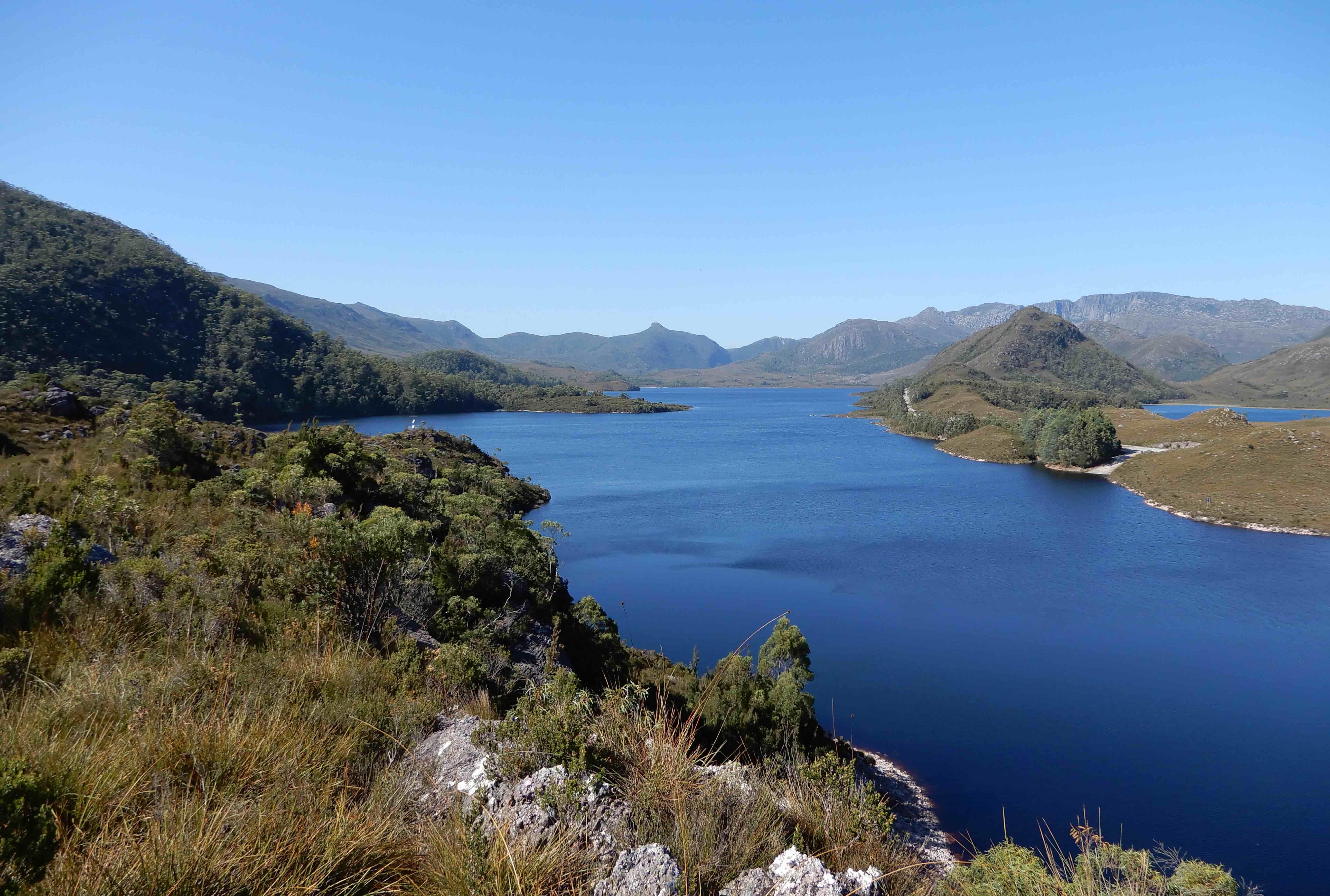 1.Lake Plimsoll