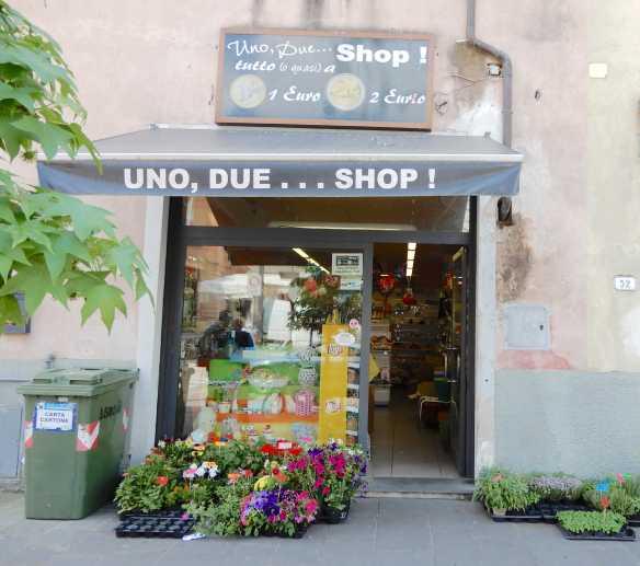 9.Uno,Due Shop