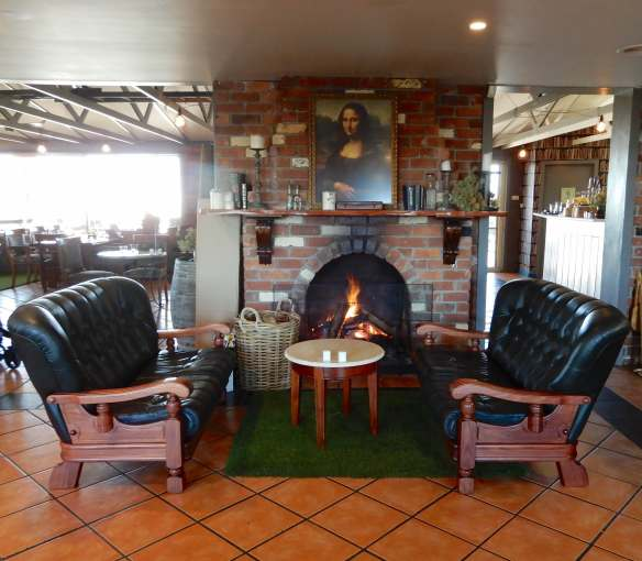 2.fireplace