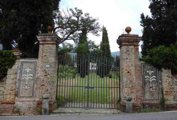 25.Villa Boccella
