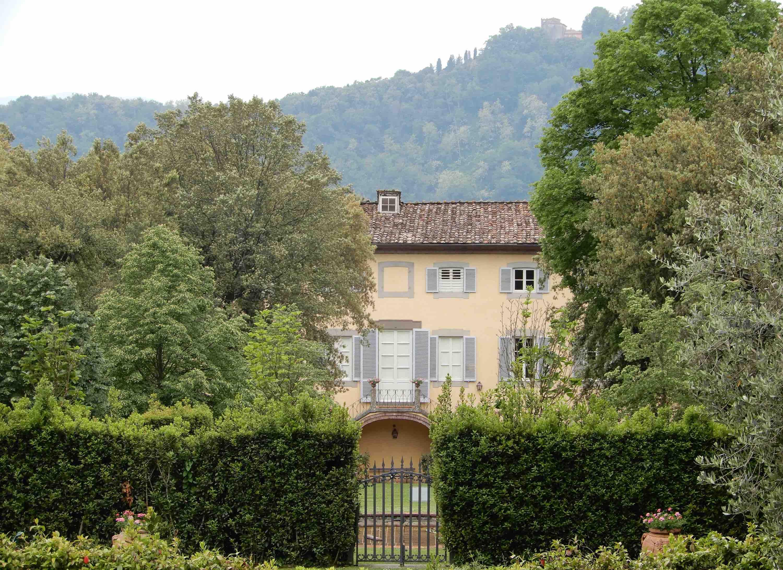 3.Villa Boccella