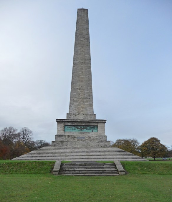 6.Wellington Monument