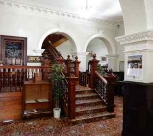 12.Empire Hotel lobby