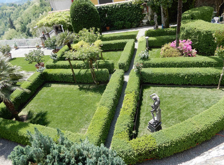 16.Giardino di Palazzo Salvi