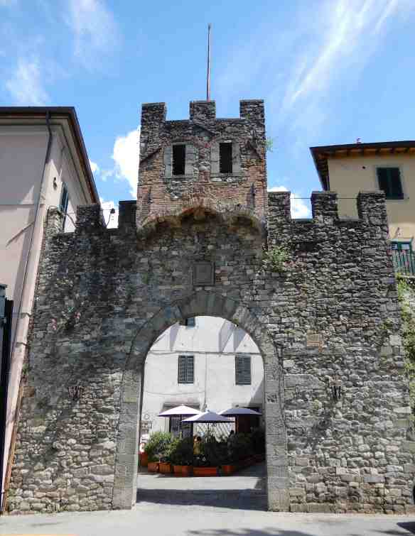 5.Porta Reale