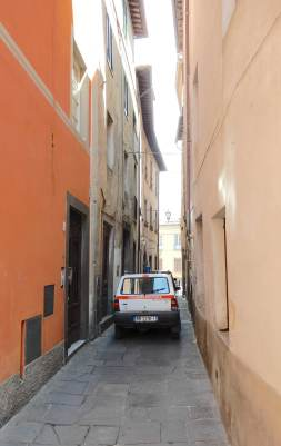 7.narrow street, Barga