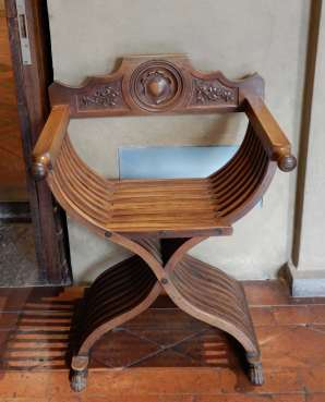 11.Great Hall chair
