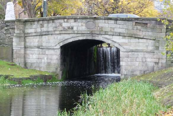 2.Grand Canal Walk