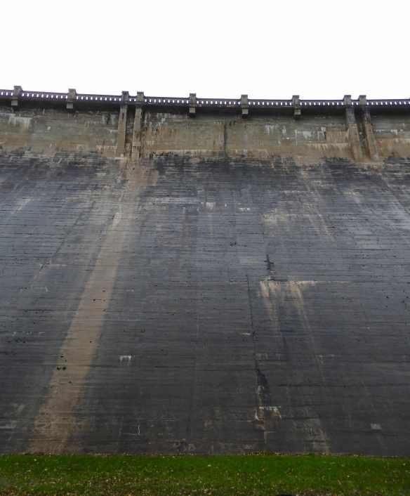 13.dam wall