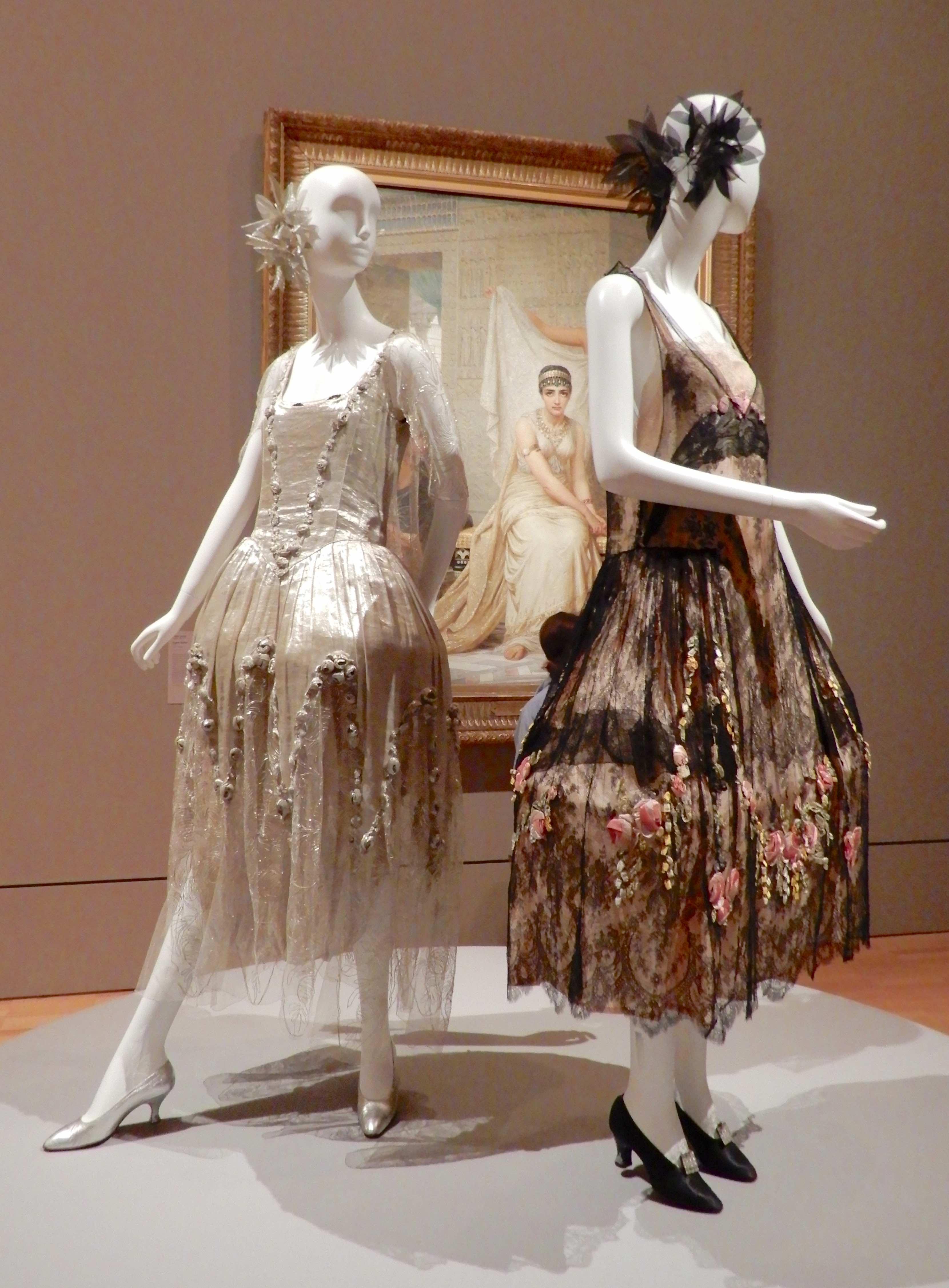 15.(L-R)Boué Soeurs, evening dress 1923; Boué Soeurs, Romance, robe de style 1925