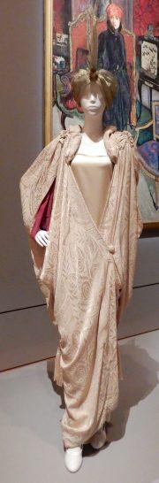 18.Callot Soeurs, evening cape 1910