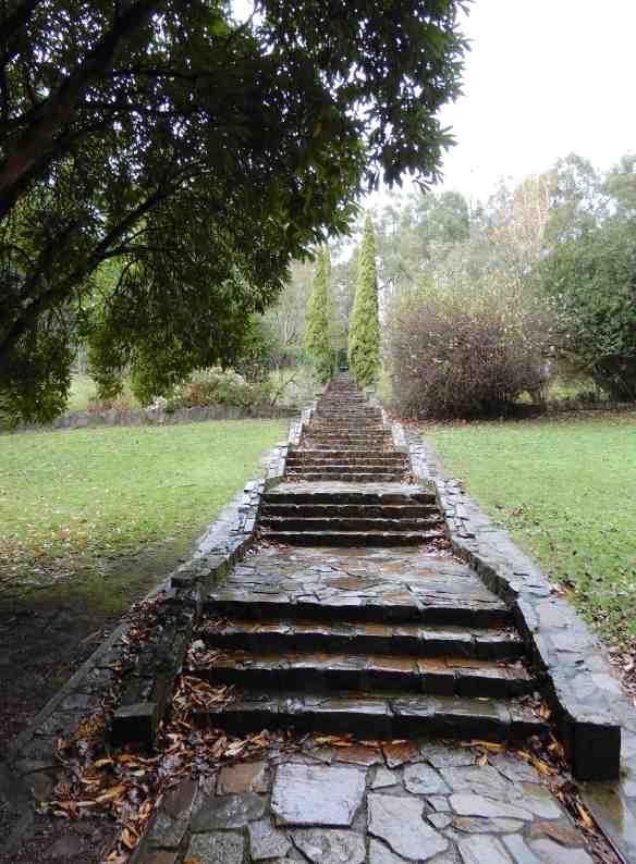 3.Rose Stairway