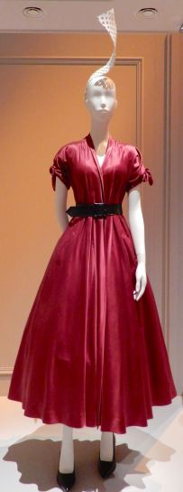 41.Christian Dior, Aladin dress 1947