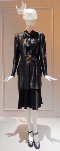 44.Jean Patou, dinner jacket 1942