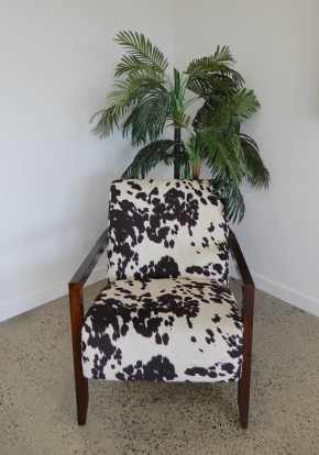 5.comfy cow chair