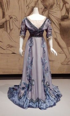 8.Verhaeren, evening dress 1909