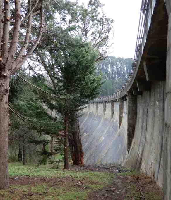9.dam wall