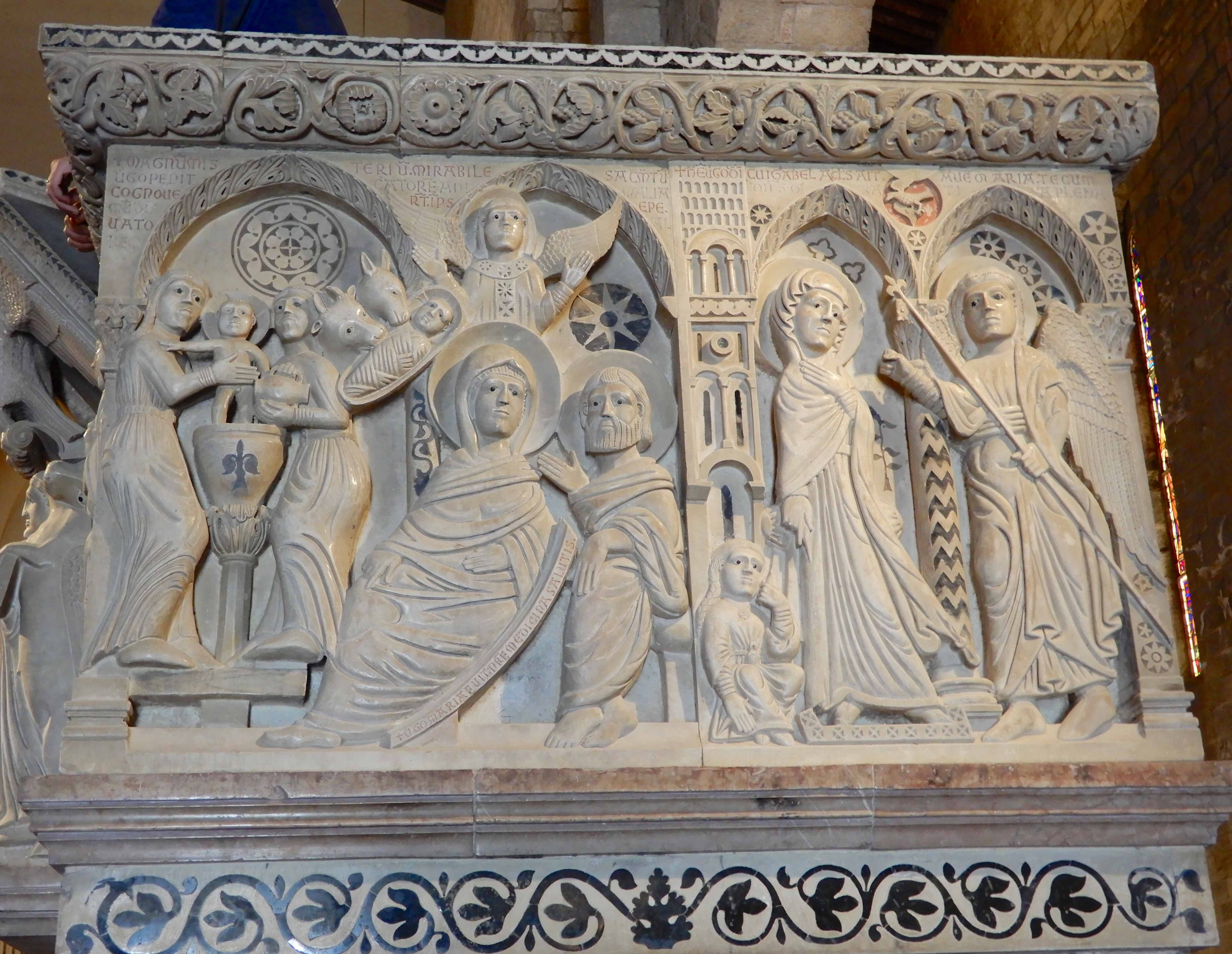 12.pulpit,The Annunciation and the Birth of Christ