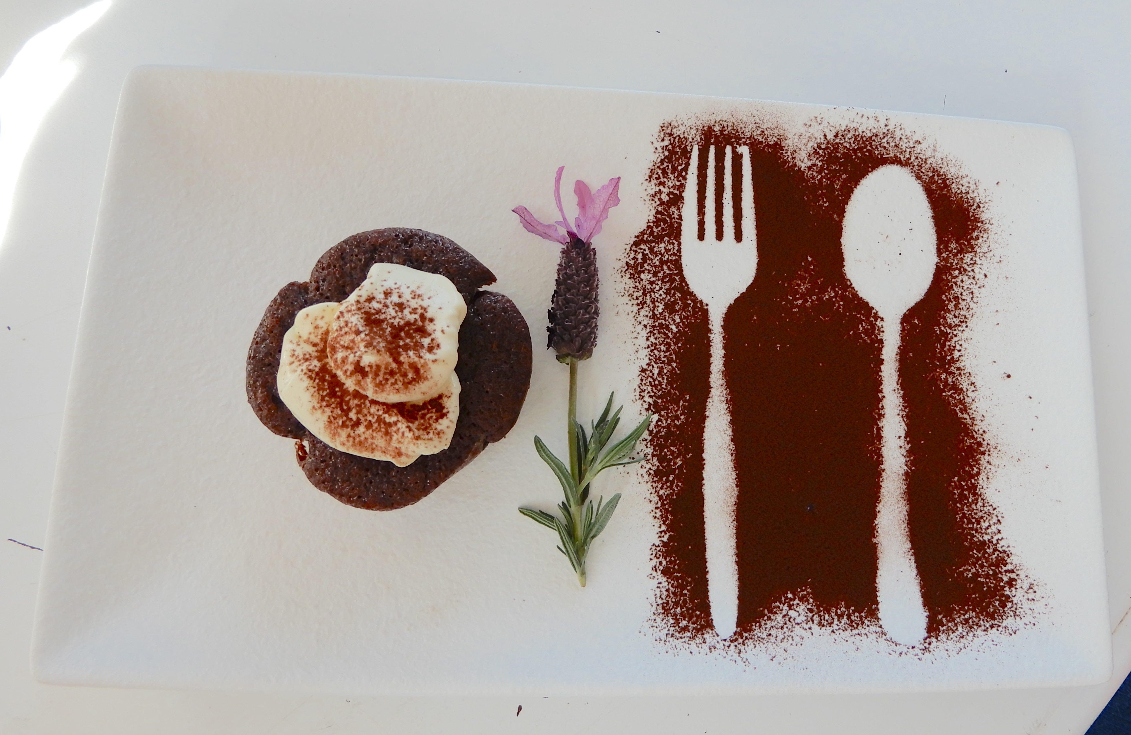 23.Chocolate Bliss Mini Cake