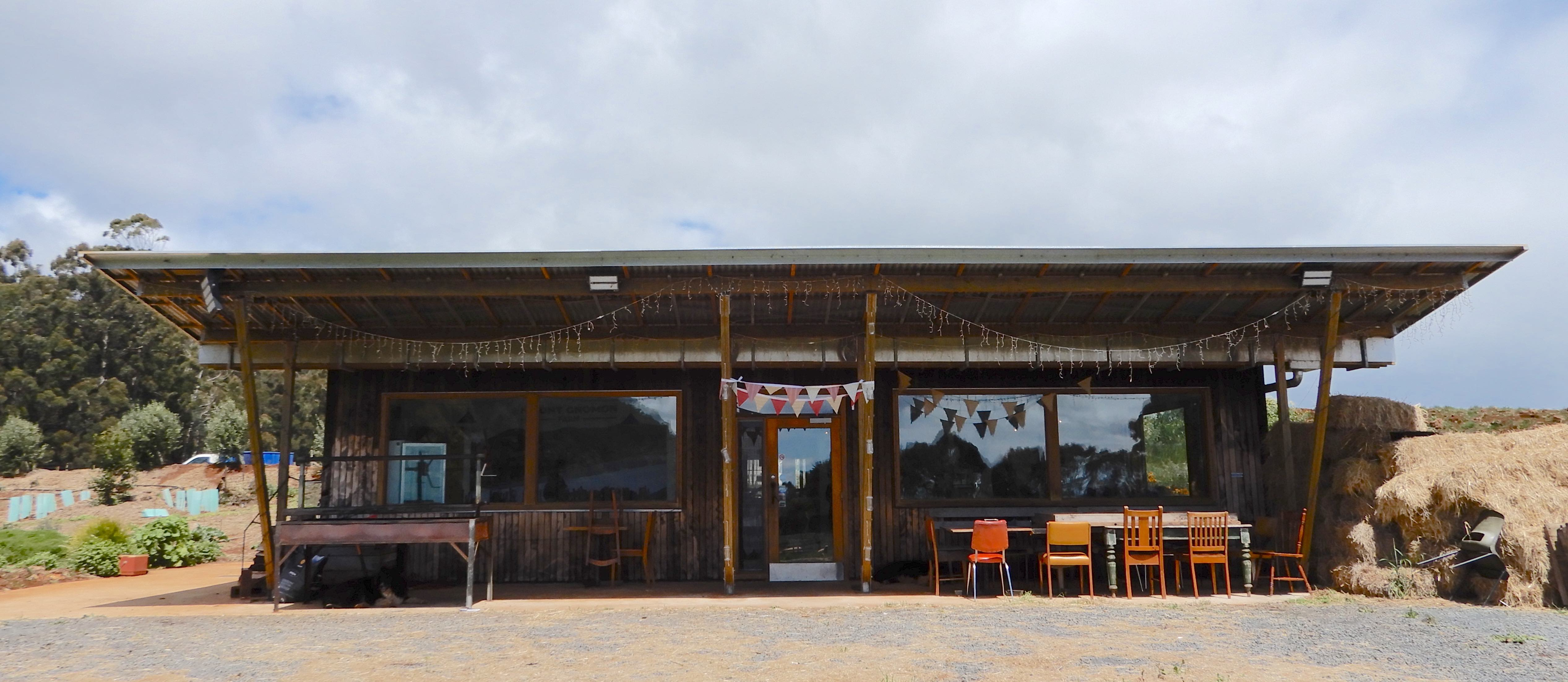 1.restaurant
