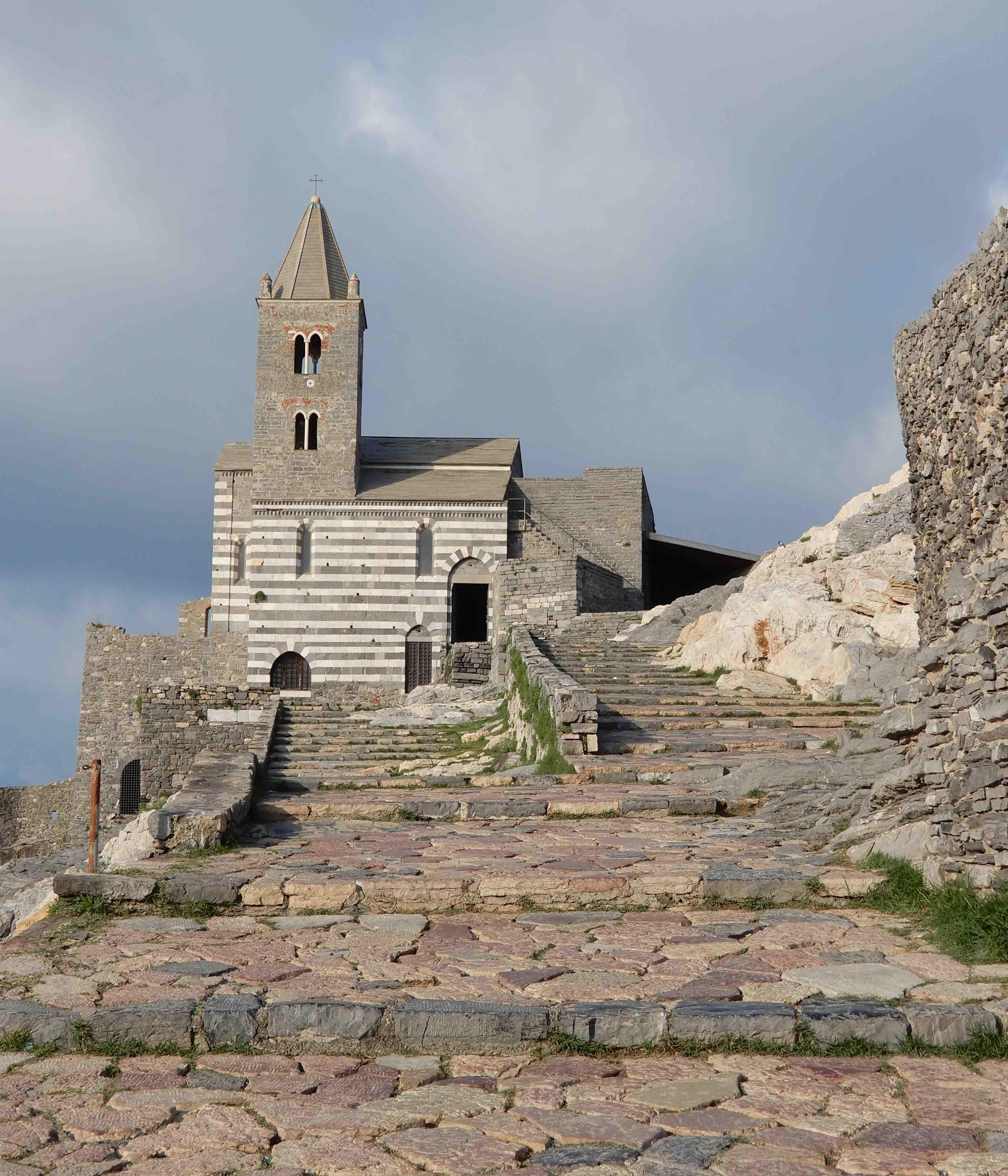 17.Chiesa di San Pietro