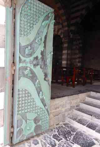 19.portal, Chiesa di San Pietro