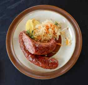 23.smoked bratwurst