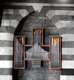 26.pipe organ
