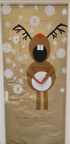 10.singing reindeer