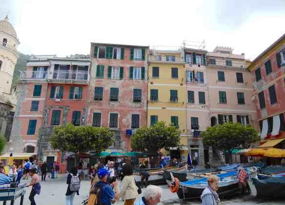 3.Piazza Guglielmo Marconi