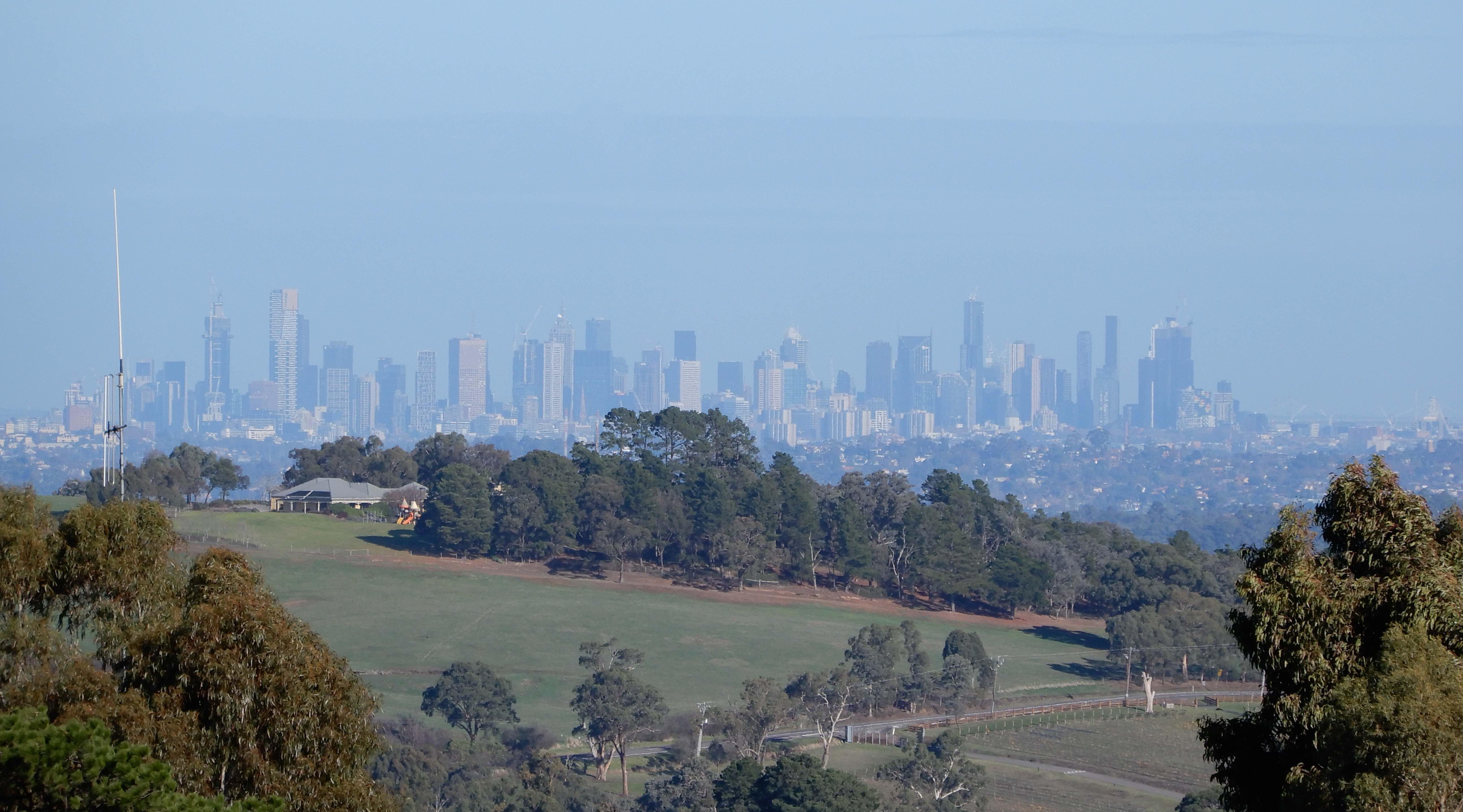 5.Melbourne city