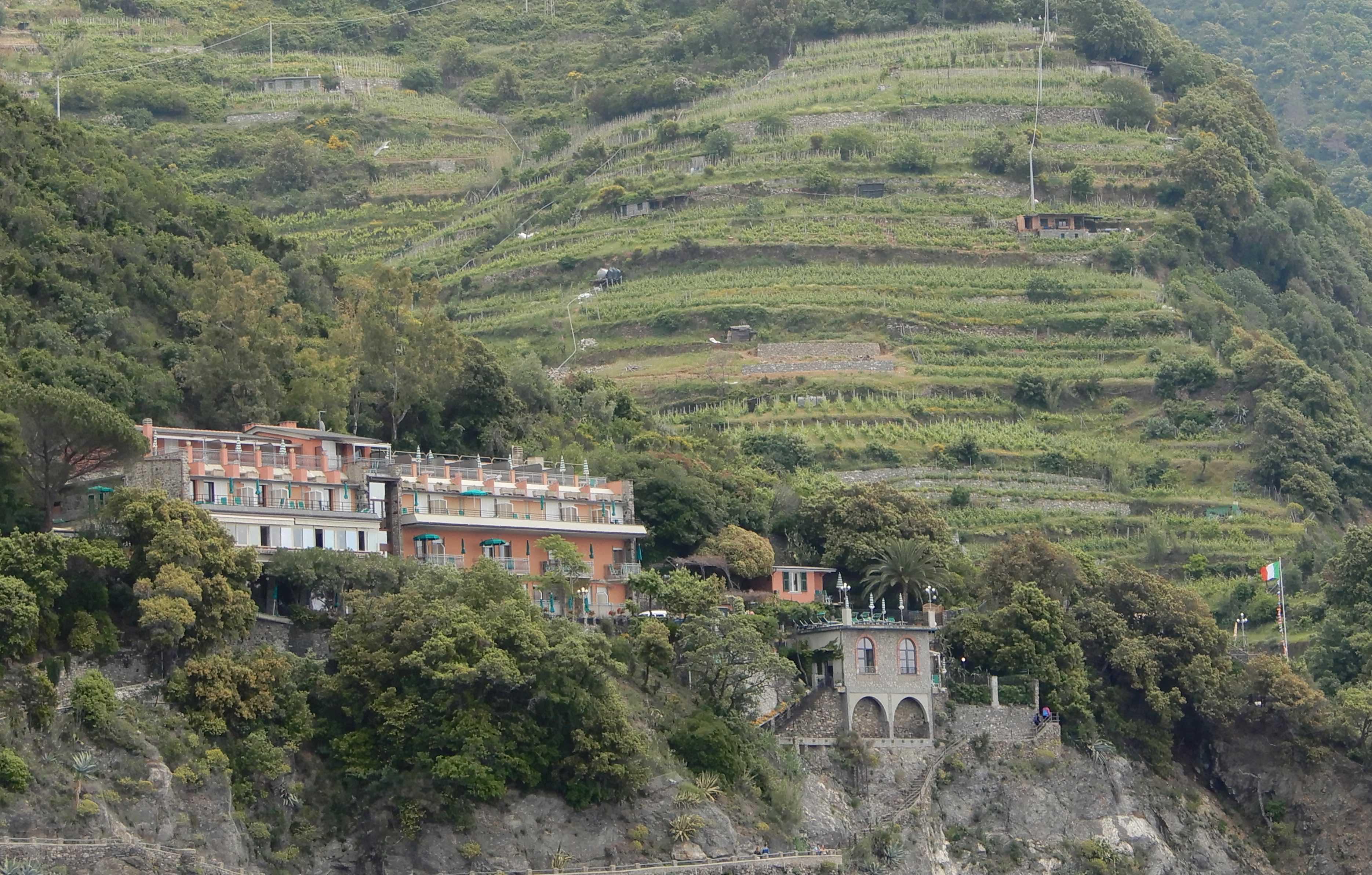 10.Hotel Porto Roca